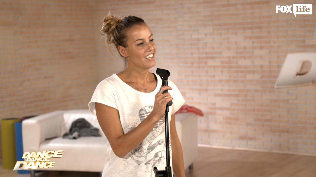 Tania Cagnotto alle prese con Beyoncé in sala prove