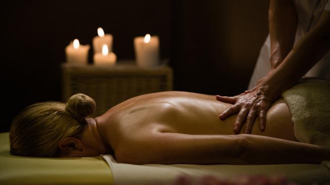 Sessione di massaggio sensuale
