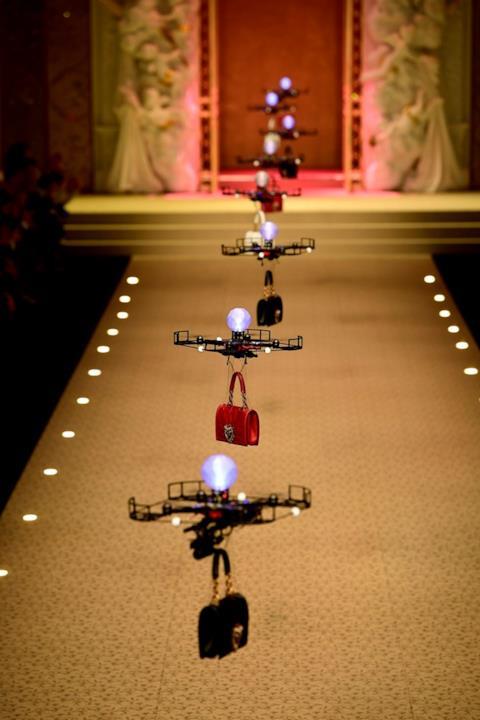 I droni in passerella da Dolce & Gabbana