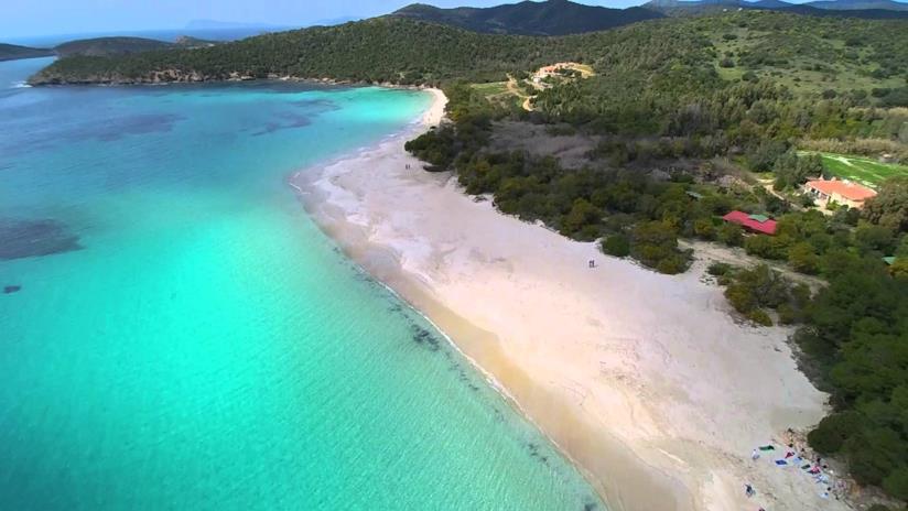 spiaggia Tuerredda nella top ten delle spiagge più belle in primavera