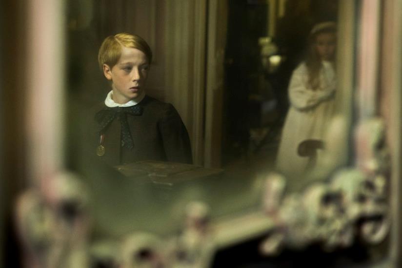 La prima immagine del film The Little Stranger