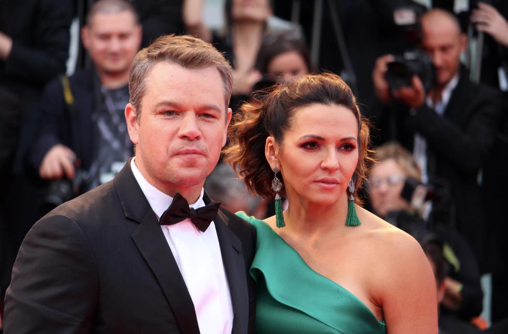 Matt Damon e Luciana Barroso sfilano ancora una volta insieme a Venezia 74