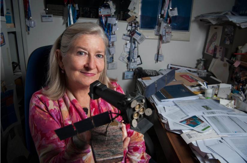 Patrizia Caraveo, Astrofisica, dirigente di ricerca dell'Istituto Nazionale di Astrofisica (INAF), Commendatore dell'Ordine al Merito della Repubblica italiana.