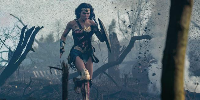Una scena di Wonder WOmand con Gal Gadot