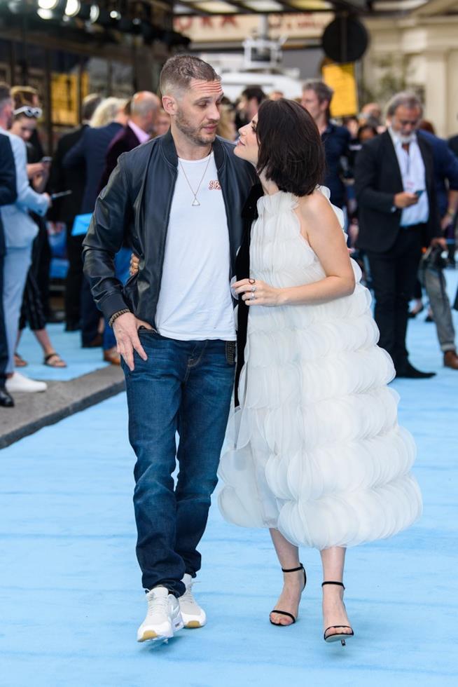 Charlotte Riley e Tom Hardy alla premiere di Swimming with Men