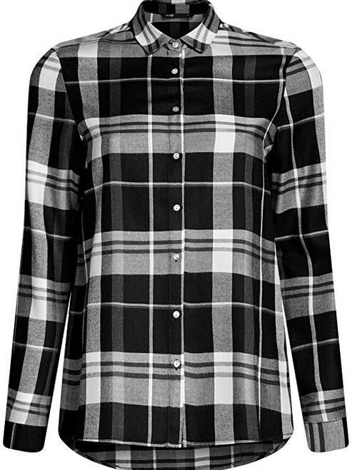 Una camicia a scacchi nera