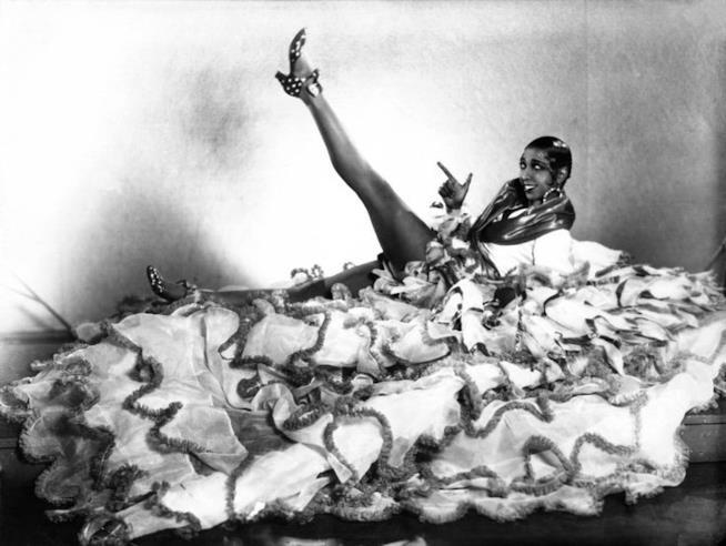 un ritratto di Joséphine Baker per lo spettacolo  Ziegfield Follies del 1936