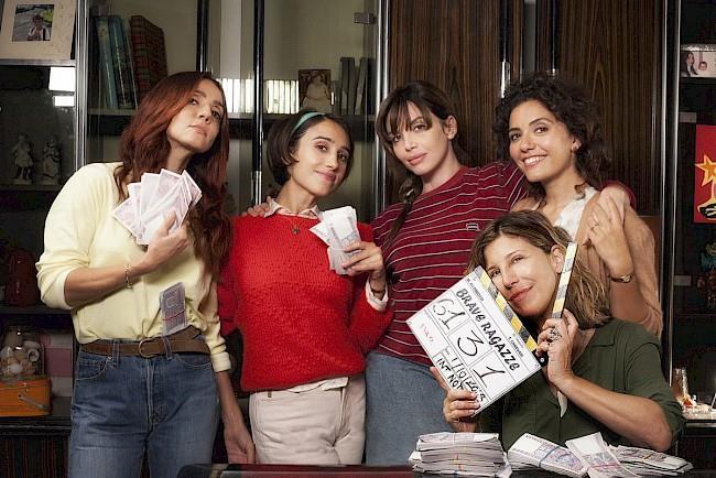 Una immagine del cast del film Brave ragazze