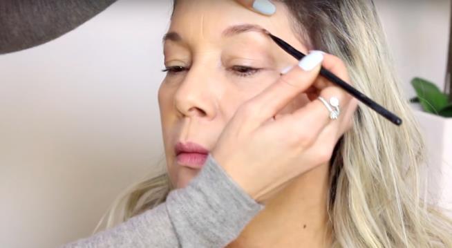 Makeup Festa della Mamma sopracciglia