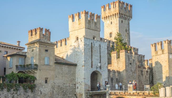Ingresso del Castello Scaligero di Sirmione