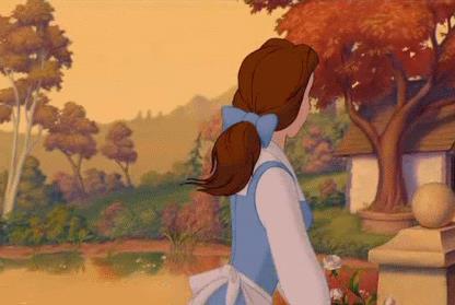 Belle nel suo villaggio