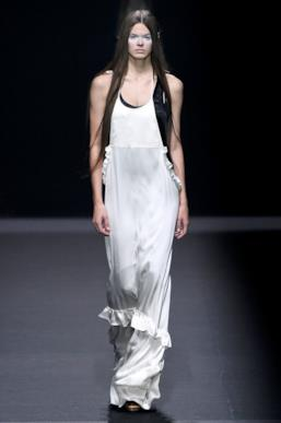 Sfilata VERA WANG Collezione Donna Primavera Estate 2020 New York - ISI_2201