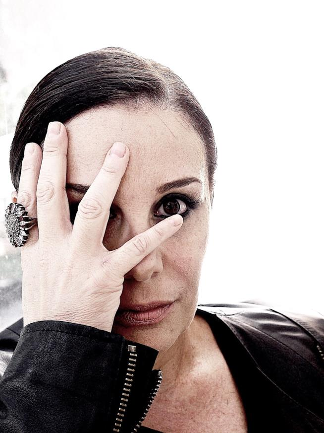 Roberta Torre è la regista di Extravergine su FoxLife