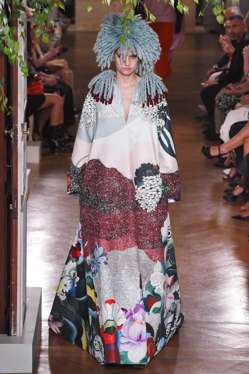 Sfilata VALENTINO Collezione Alta moda Autunno Inverno 19/20 Parigi - ISI_4080