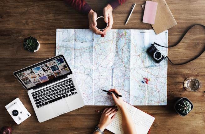 FlyKube: la startup italo-spagnola specializzata in viaggi al buio
