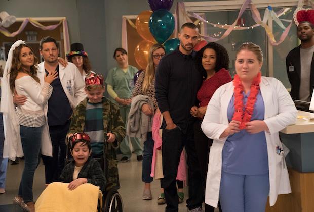 Jo e Alex festeggiano il loro fidanzamento in Grey's Anatomy