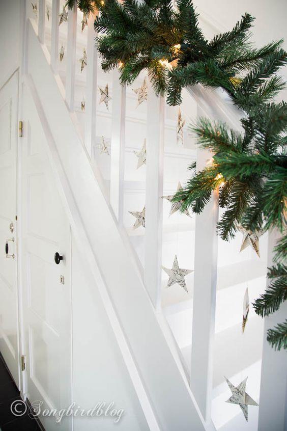 Ghirlande di pino per le scale interne