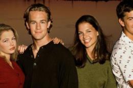 Jen, Dawson, Joey e Pacey sorridenti