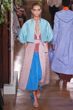 Sfilata VALENTINO Collezione Alta moda Autunno Inverno 19/20 Parigi - ISI_3682