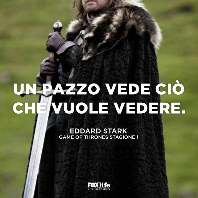 Eddard Stark con la sua spada