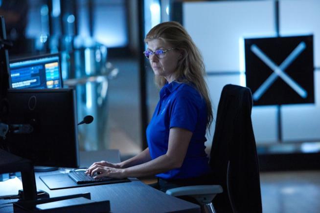 Abby Clark in un'immagine promozionale da 911