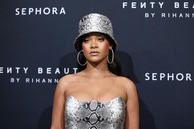 Rihanna a un evento Fendi Beauty