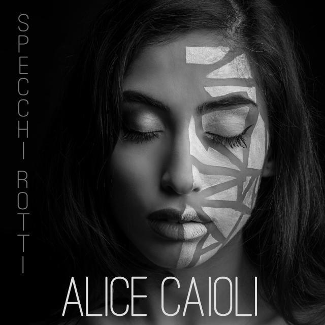 specchi rotti Alice Caioli