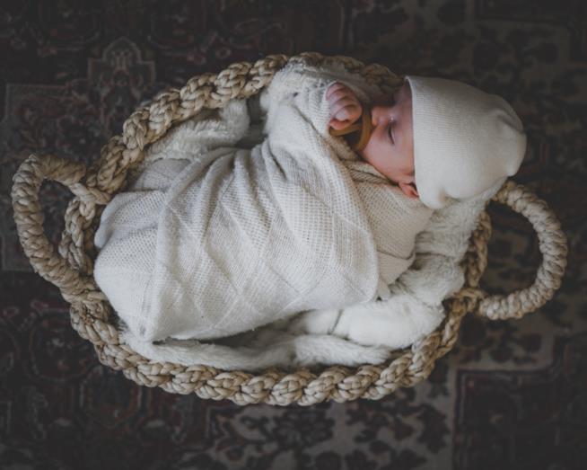 Culla da campeggio per viaggiare con neonato