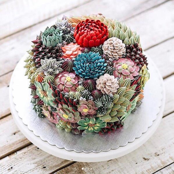 Una torta di Iven Kawi