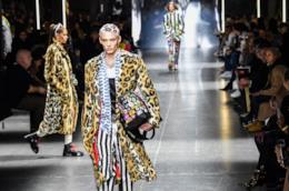 L'uomo Versace per la Moda Inverno 2019 è gioioso e anticonformista