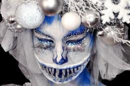 Il viso dipinto di Ines Kus