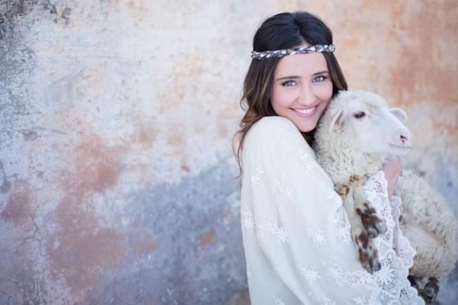 Il Contadino Cerca Moglie 2: ecco la nuova conduttrice Ilenia Lazzarin