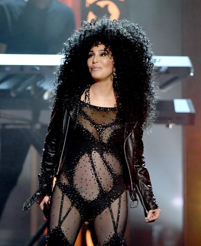 Cher in un'esibizione ai Billboard Music Awards del 2017