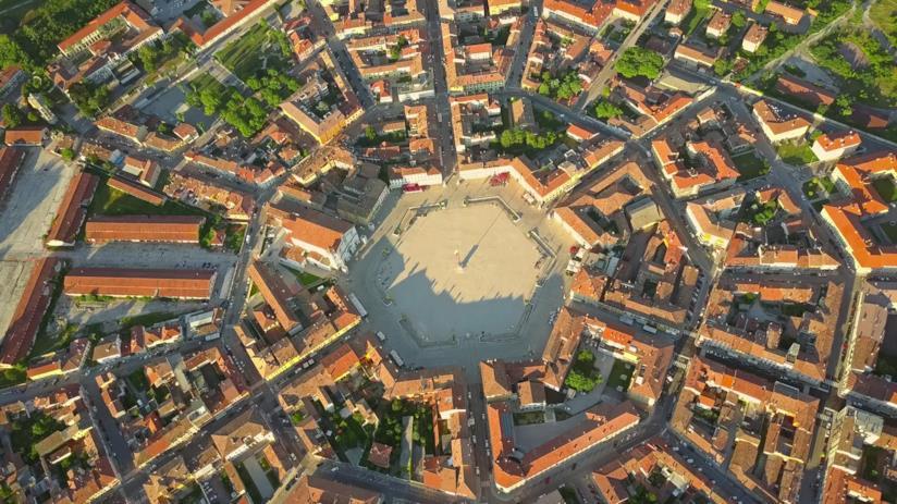 Palmanova e le sue particolari forme vista dall'alto