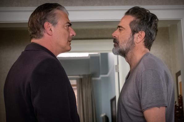 Peter e Jason si guardano in cagnesco
