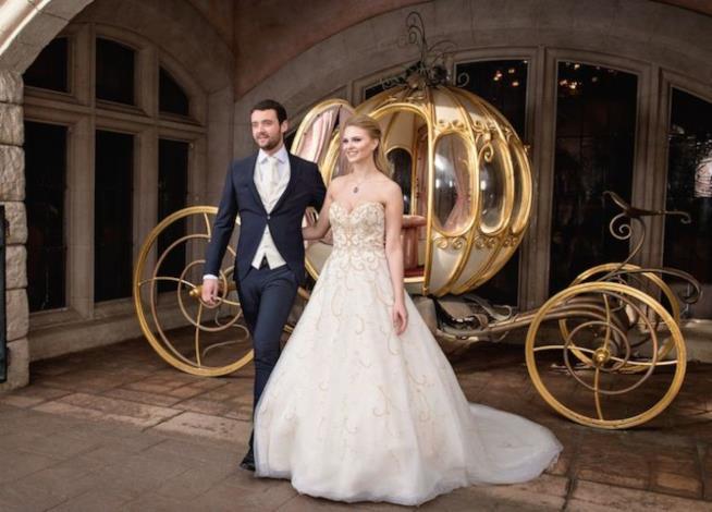 Il matrimonio a tema Cenerentola di Disneyland Paris