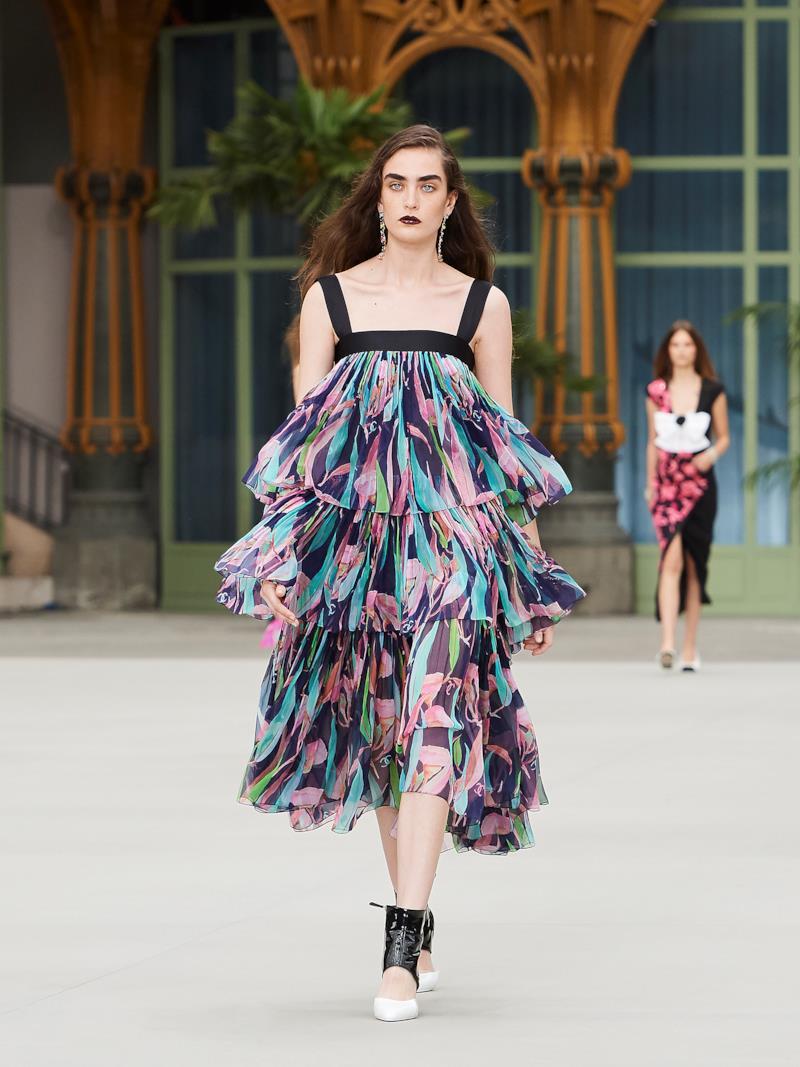 Sfilata CHANEL Collezione Donna Primavera Estate 2020 Parigi - CHANEL Resort PO RS20 0058
