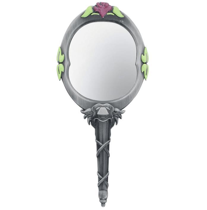 La riproduzione dello specchio di Belle