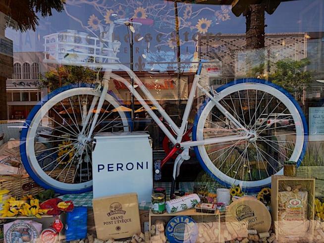 Delicatessen shop a Beverly Hills