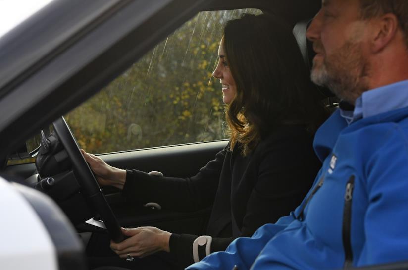 Kate Middleton nella sua auto