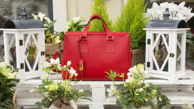 Quarzovivo sceglie, per le donne cosmopolite, una It Bag