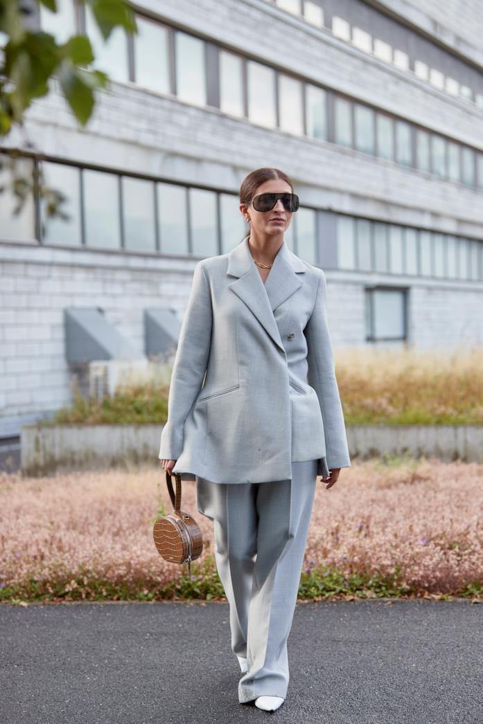 Outfit composto da blazer oversize dallo Street Style di Copenhagen 2019