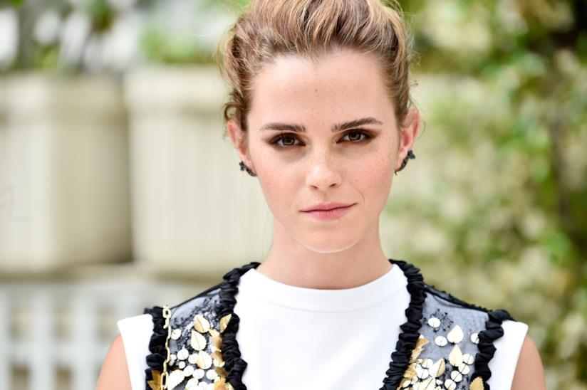 detailed look e62d0 cb4b1 Emma Watson in bikini bianco: le foto delle vacanze in Messico