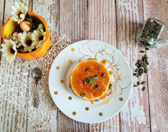 Dolce arancione con semi