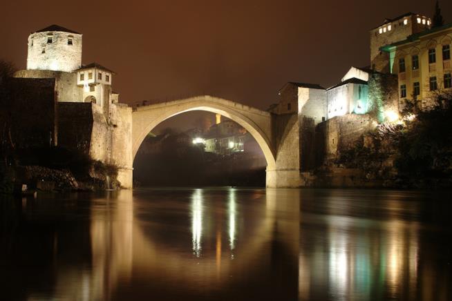 Il ponte di Mostar, simbolo della guerra e della pace
