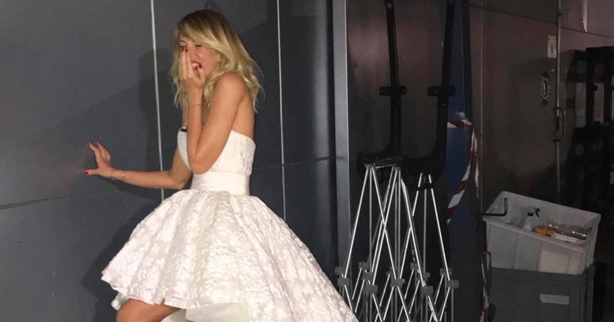 Alessia Marcuzzi e l'abito da sposa dell'Isola dei Famosi: ecco la versione cheap