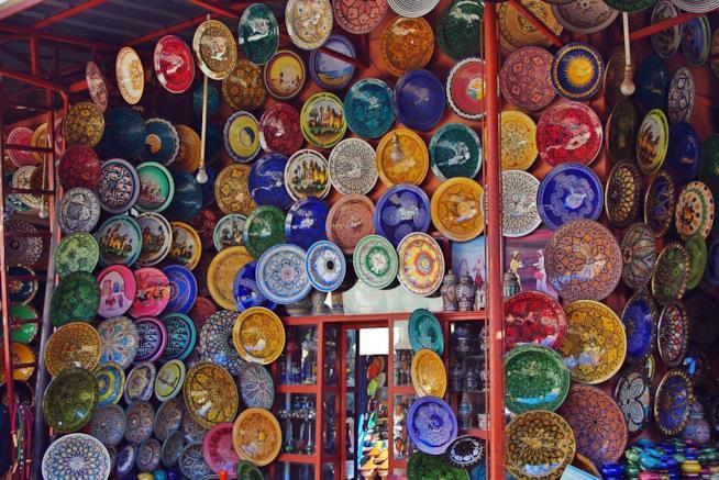 Pregiati esempi di ceramiche marocchine