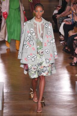Sfilata VALENTINO Collezione Alta moda Autunno Inverno 19/20 Parigi - ISI_3419