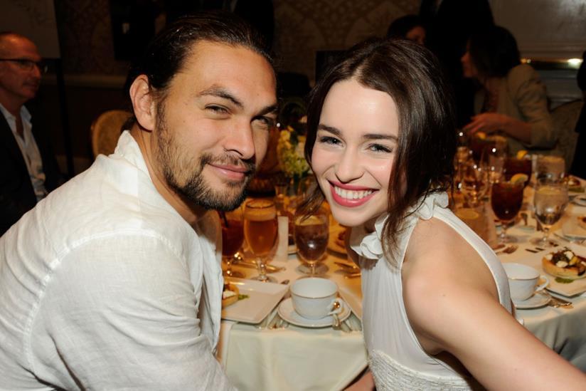 Jason Momoa ed Emilia Clarke