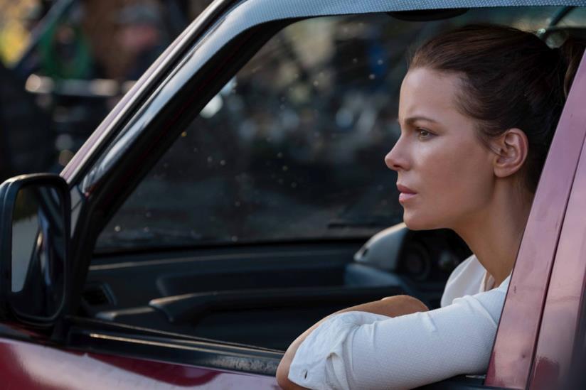Una scena di Kate Beckinsale in The Widow